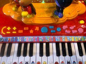 鍵盤とモードの写真